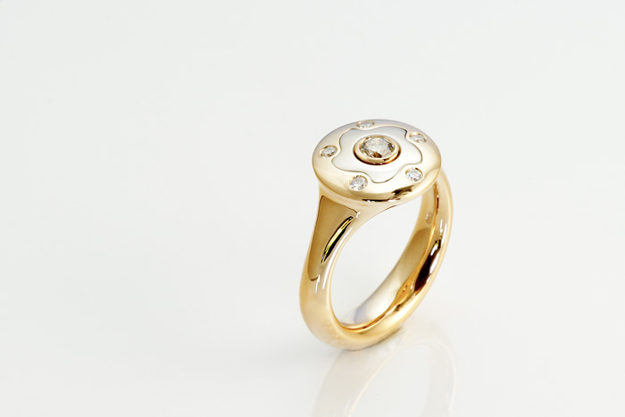 Ring-Gold-rosé-weiß-Brillanten